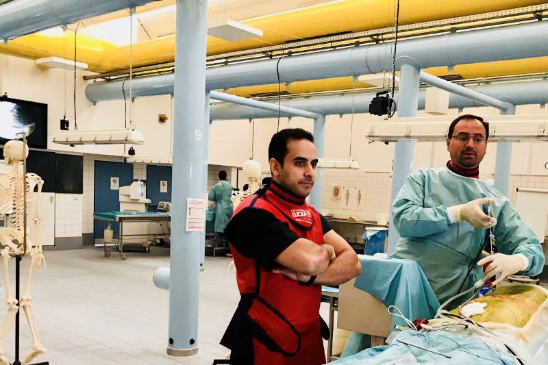 El Dr. Elgeadi asistiendo a una formación