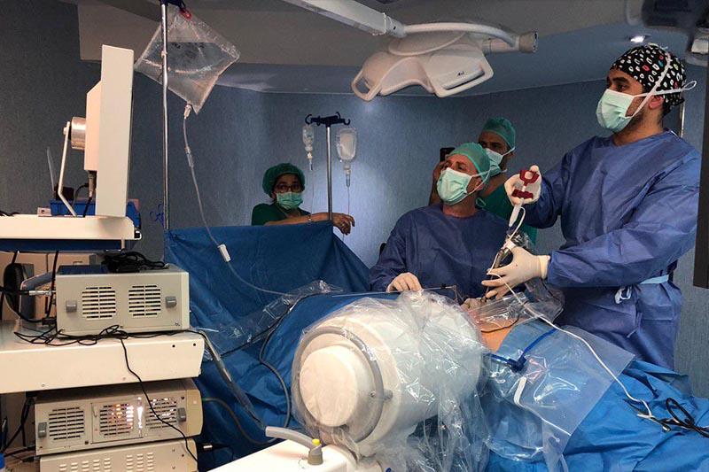 endoscopia de columna por el doctor Ghassan Elgeadi en lleida