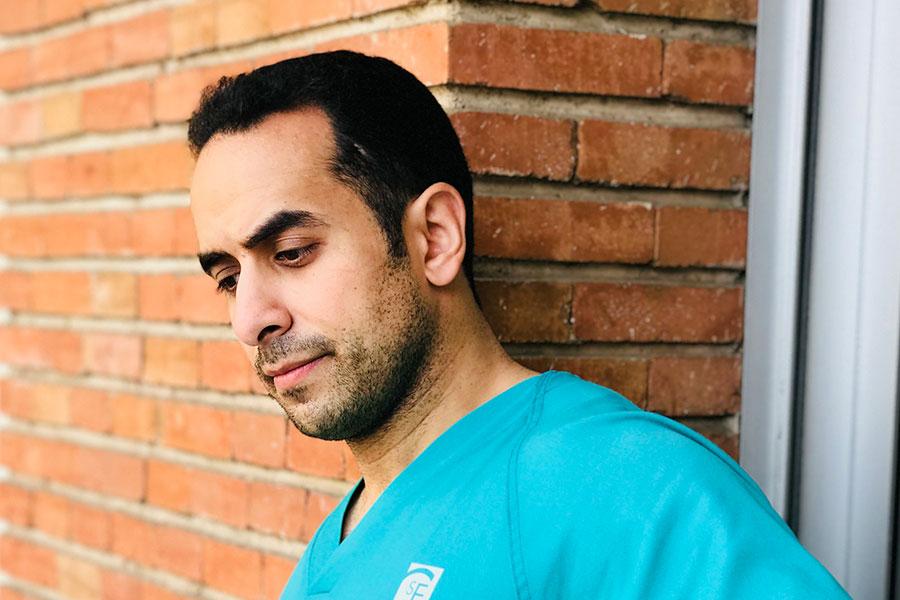 Ghassan Elgeadi instructor de cirugia de columna