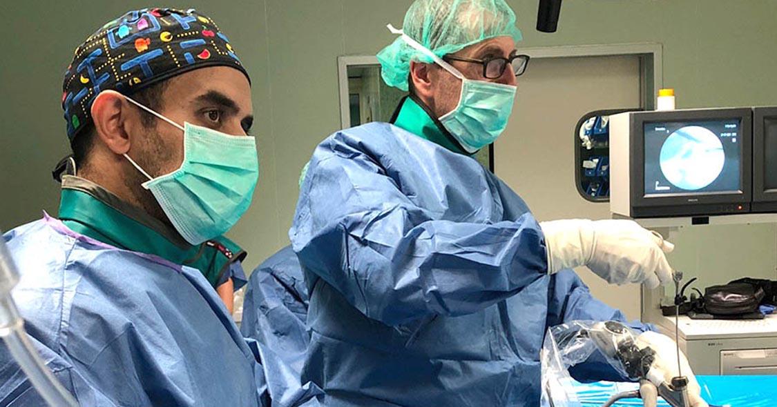 ghassan-elgeadi-acude-como-instructor-de-endoscopia-de-columna-vertebral-a-dos-hermanas 2